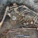 Hài cốt 700 năm tuổi được phát hiện mới đây tại Scotland