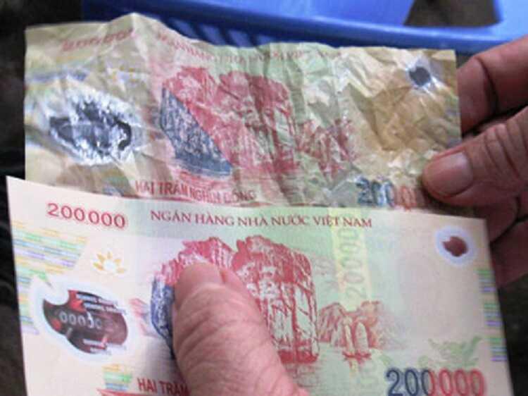 Kiểm tra chất liệu polymer in tiền