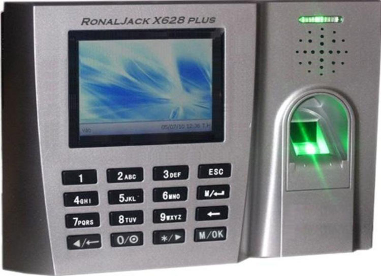 Máy chấm công Ronald Jack X628 Plus