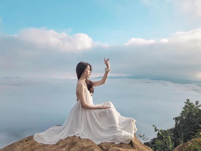 săn mây núi bà đen